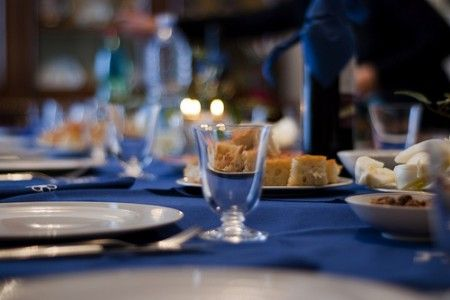 Come seguire le regole del Galateo a tavola