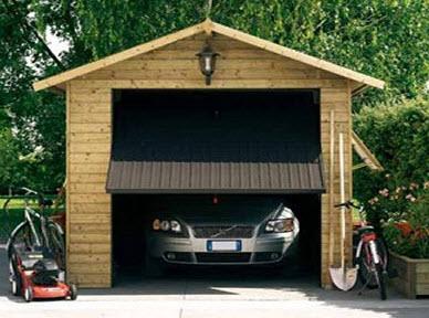 Come tenere al sicuro auto e motorino durante le ferie