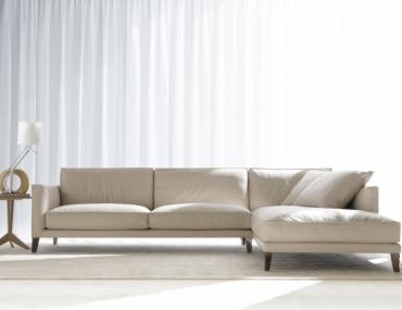 come pulire un divano in pelle
