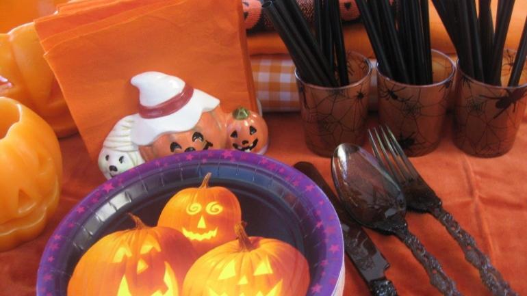 Come organizzare una festa per Halloween