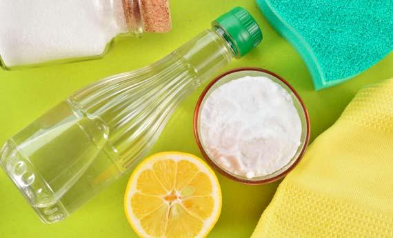 Quattro ingredienti naturali per la pulizia