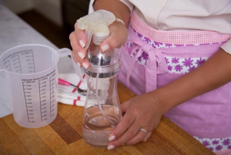 come fare uno spray detergente