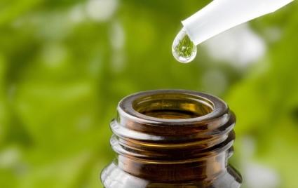 le proprietà del tea tree oil