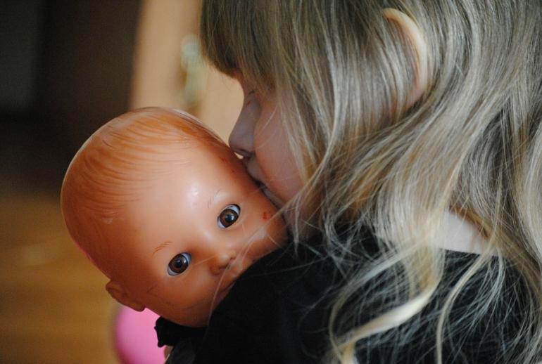 come pulire le bambole
