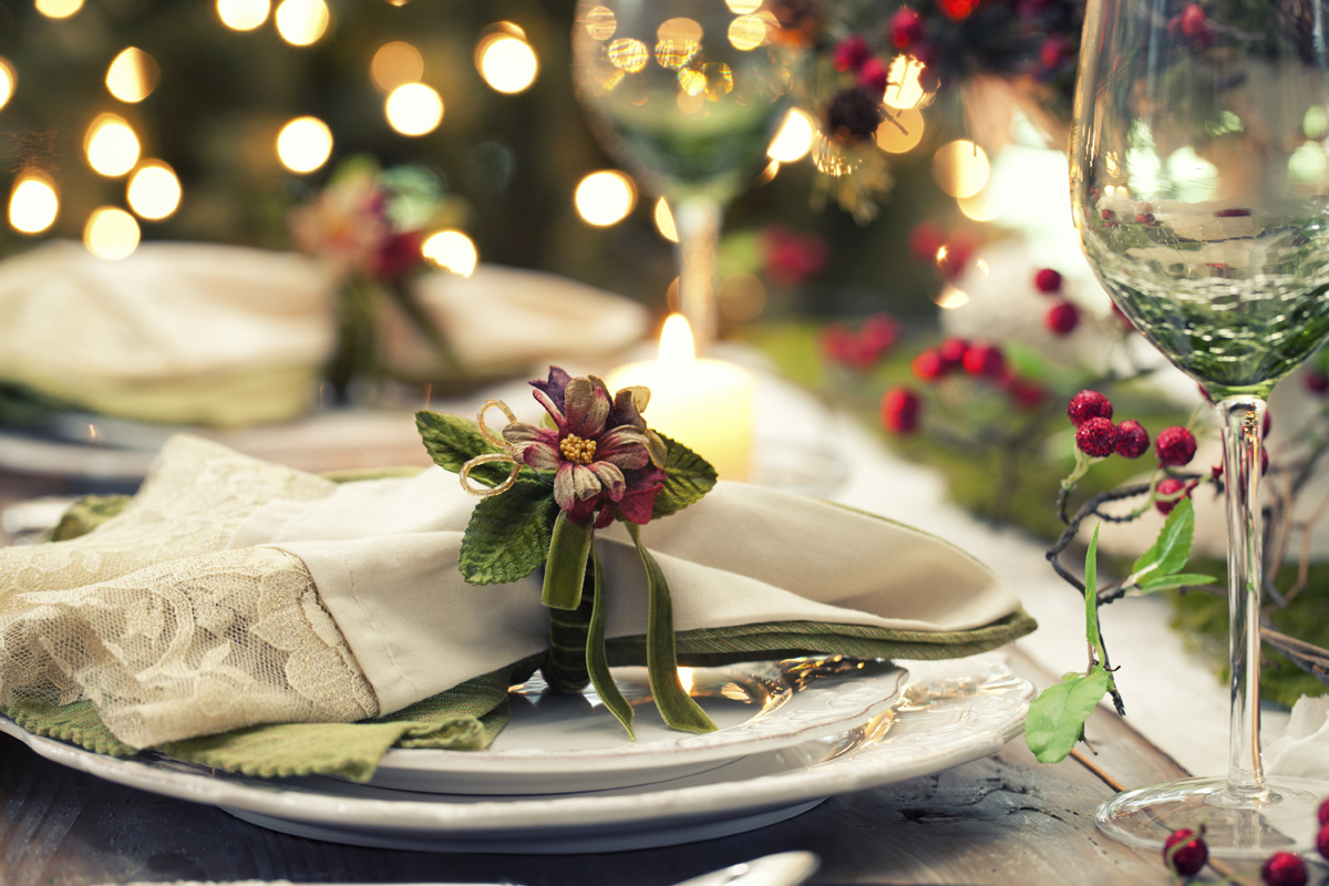 Apparecchiare Tavola Di Natale Foto.Come Apparecchiare La Tavola Di Natale Soluzioni Di Casa